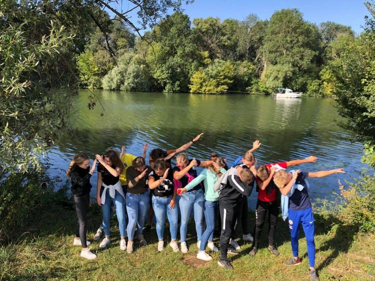 Eenoudervakantie Actieve vakantie HUURTENT IN DE BOURGOGNE